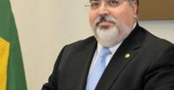 Depoimento Professor Arnoldo Camanho de Assis